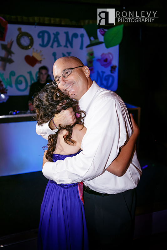 OC Bat Mitzvah Photographer 012 Orange County Bat Mitzvah Photographer – Tustin Ranch Golf Course