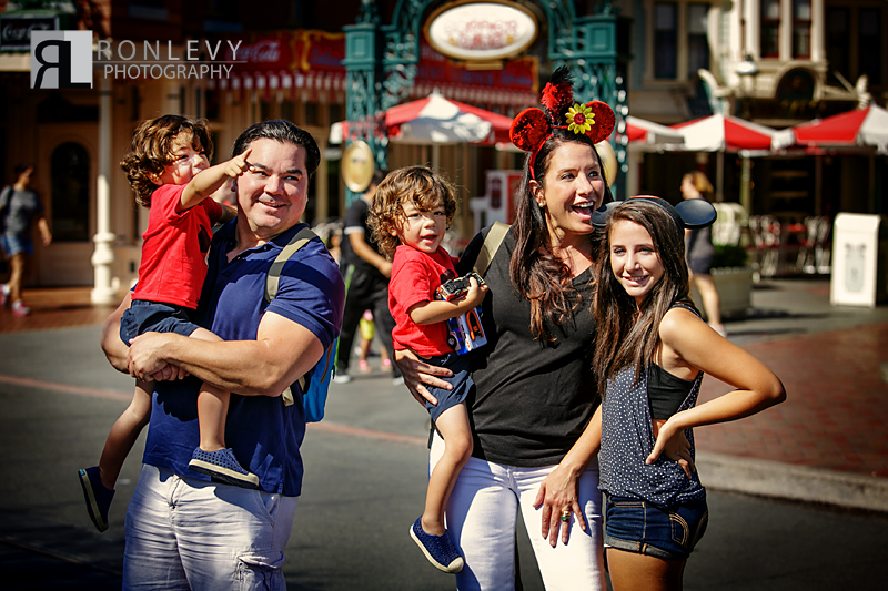 Disneyland Photographer 001 Disneyland Family Photographer